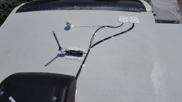 Wifi booster antenna and Satellite radio antenna